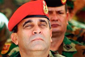 Maduro busca reescribir la historia del regreso de Chávez al poder para borrar a Baduel